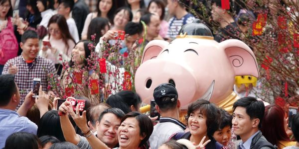 Here's why a UBS economist's 'Chinese pig' comment may have been offensive to Mandarin speakers