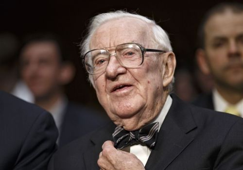 John Paul Stevens, who was the Supreme Court's leading liberal justice, dies at 99