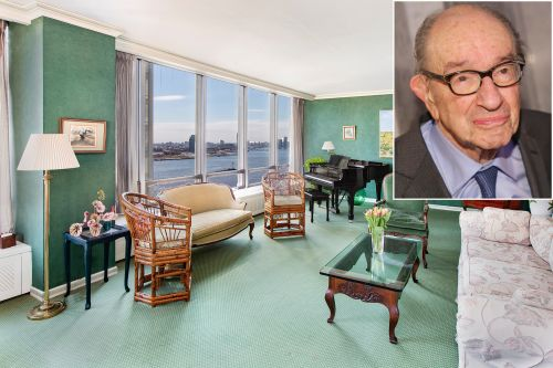 Alan Greenspan's former United Nations Plaza co-op hits the market