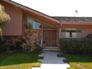 Brady Bunch House - Then and Now