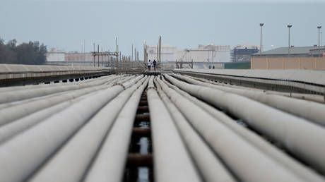 Saudi Arabia shuts down pipeline to Bahrain after drone strikes - report