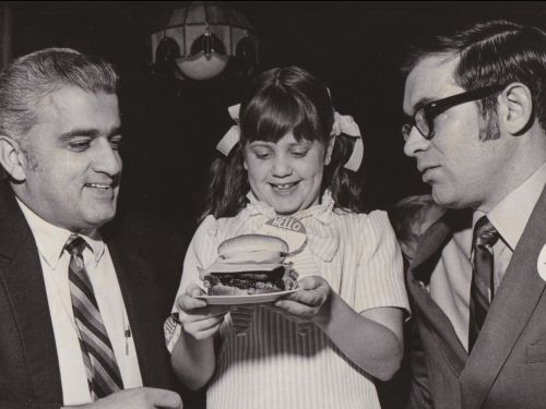 Before he died, the Wendy's founder apologized to his daughter for naming the chain after her