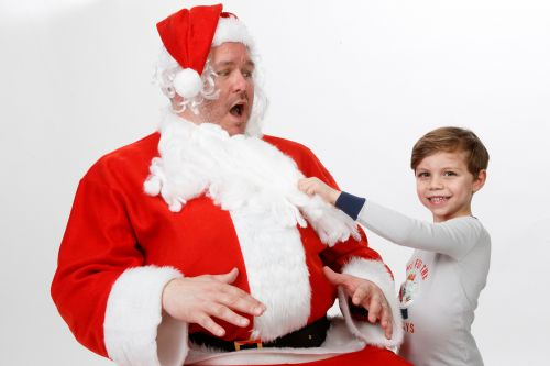 Why these parents are ruining Santa Claus for their kids