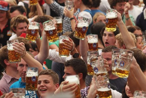 51 epic photos from Oktoberfest prove it's more than just one big drunken party
