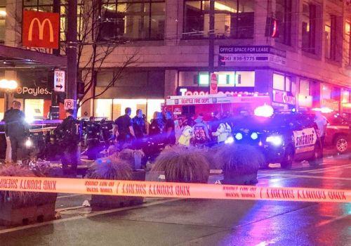 A Seattle shooting leaves 1 dead and 7 injured, police say