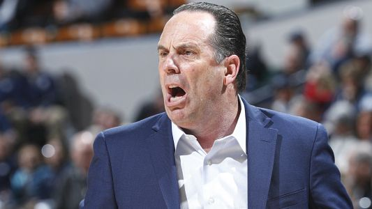 Mike Brey blasts ACC officials, says they hold Notre Dame football independence against basketball team