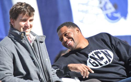 Giants' Eli Manning and Michael Strahan will have numbers retired
