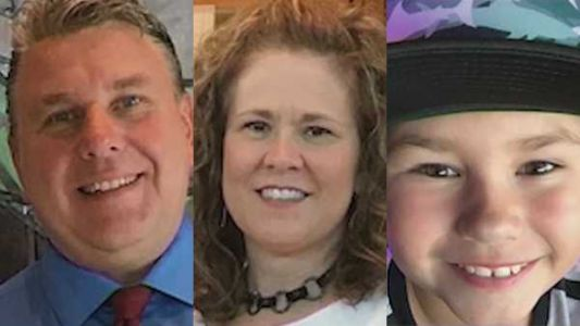 Prosecutor: Wrong-way driver 'deliberately' slammed into car, killing family of 3