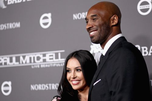 Vanessa Bryant asks court to publish names of deputies who took photos of Kobe Bryant crash site