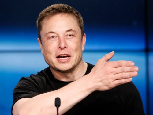 Elon Musk reportedly suggested that Tesla needs to be more like Amazon to improve its delivery system