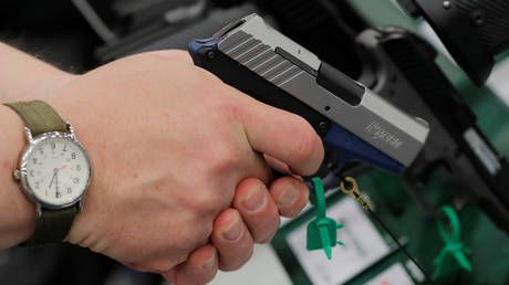 Texas allows residents to possess handguns with no license after Gov. Abbott signs controversial 'constitutional carry' bill