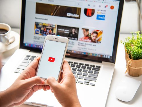 How to put a YouTube video on repeat on your computer or mobile device, so it plays on loop