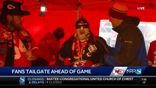 Crazy KC fans show up at 2 a.m. for AFC Championship