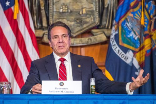 New York lawmakers move to limit Cuomo's emergency powers