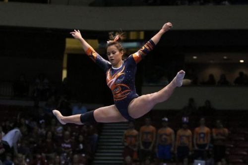 The moment injured Auburn gymnast knew 'something was a little wrong'