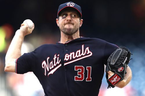 Bruised Ace Max Scherzer Leads Nationals to Sweep of Phillies