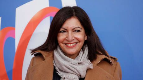 France overturns €90,000 fine imposed on Paris mayor's office for hiring 'too many' women