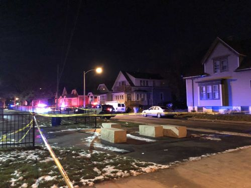 Shooting kills one person near Columbia Park in Milwaukee