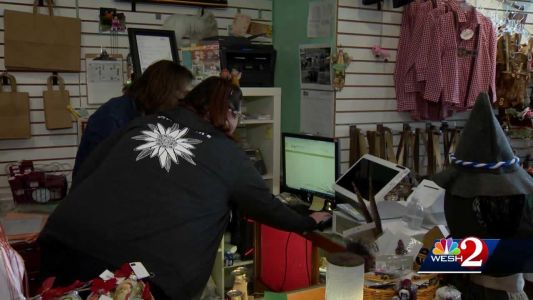 Small business owners looking forward to holiday shopping season