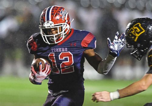 Thomas Jefferson can't contain McKeesport as Tigers win, 42-28