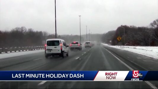 Last minute holiday dash is on