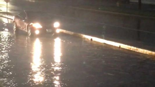 RAW: Street flooding in Des Moines