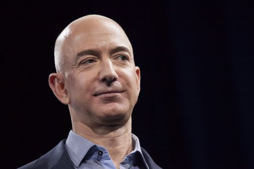 Amazon workers ask Bezos to stop selling tech to law enforcement