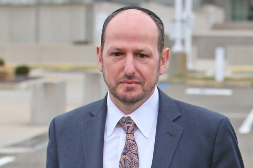 Former Stony Brook professor admits he stole cancer research funds