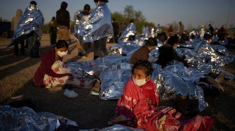 Almost 19,000 unaccompanied minors entered the US from Mexico in March alone - largest monthly number ever