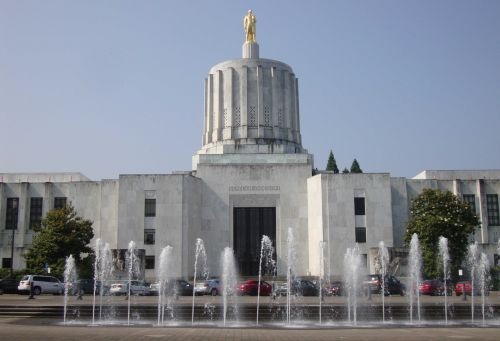 GOP state senators in Oregon strike for 5th day over climate change bill