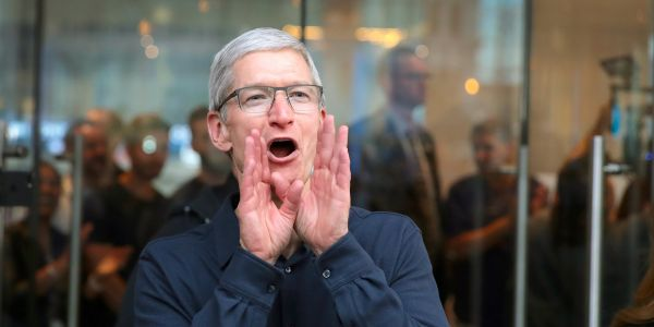 Apple surpasses Microsoft as the world's most valuable company