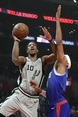 Williams helps Clippers edge Spurs for 3rd straight victory