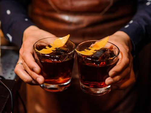 11 spicy, cold-weather cocktails perfect for entertaining