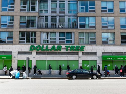 Dollar Tree once again pivots on mask policy - now requires customers to wear face coverings
