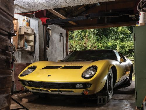 This 1969 Lamborghini Miura hidden away in a barn of years just sold for $1.6 million