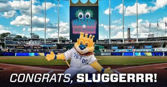 Sluggerrr inducted into Mascot Hall of Fame