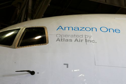 Pilots who fly for Amazon were worried about Boeing jet weeks before Texas crash