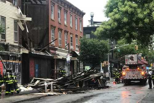 Building collapses in middle of popular Williamsburg block