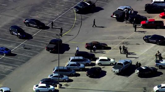 3 killed in shooting in Walmart parking lot in Oklahoma