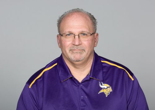 Vikings offensive line coach Tony Sparano dies at 56