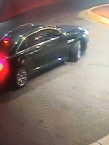 Police search for vehicle that dropped off shooting victim