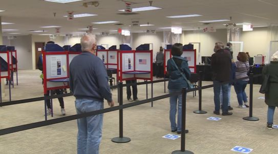 Ohio sets new record for poll workers, alternates still needed