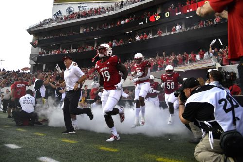 Let's go bowling! Satterfield, Tyra discuss Cards bowl eligibility