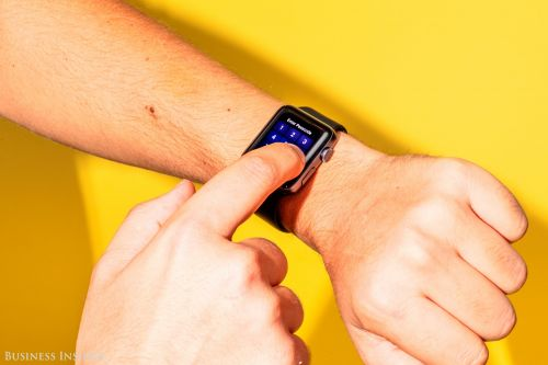How to make a FaceTime audio call on your Apple Watch