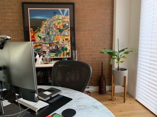 How I took an 'engineer's approach' to designing my home office to work better and avoid distractions as the CEO of an 100-person agency
