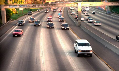 Officer recalls OJ Simpson's infamous white Bronco chase 25 years later