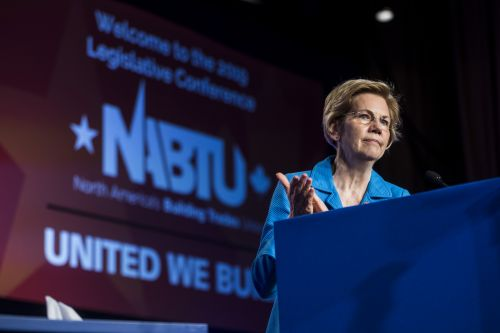 Warren calls on Congress to launch impeachment proceedings against Trump