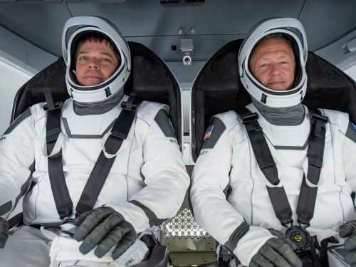 NASA astronauts Bob Behnken and Doug Hurley just gave SpaceX's new spacesuits a '5-star review'