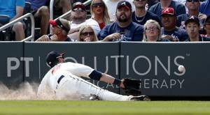 Reserves lead Braves to 5th straight win, eliminate Phillies