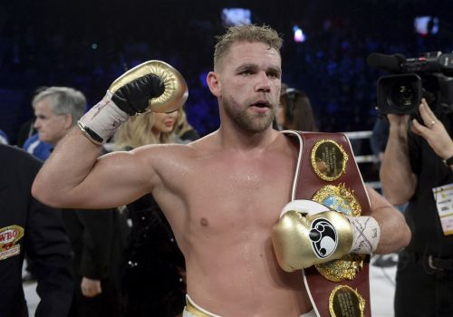 British boxing champion Billy Joe Saunders suspended for joking about domestic violence